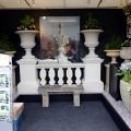 Cranborne Stone stand